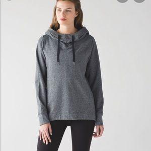 Lululemon split pullover size 12